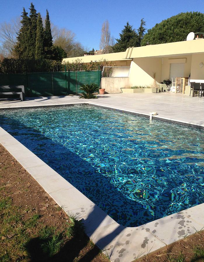 Construction piscine priv mandelieu for Construction piscine 18